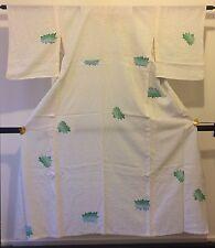 Authentic handmade Japanese women's white silk kimono, good condition (F302)