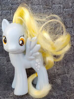 My Little Pony G4 Derpy Hooves Ditzy Doo Figure FIM Magic Brushable  Rare 2010