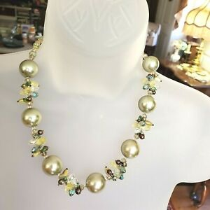 """Glass Pearl & Crystal Statement Necklace Green 20"""""""