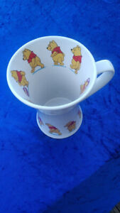 """Official Disney Store """"Winnie the Pooh"""" 15cm High Mug – Immaculate 80's"""