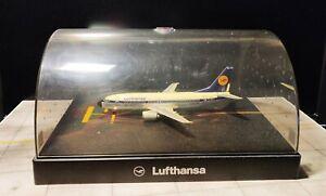 Herpa Wings Premium Series Boeing 737-300 1/200