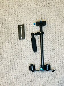 """Neewer Carbon Fiber 24""""/60cm Handheld Stabilizer with Quick Release Plate"""