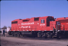 CANADIAN PACIFIC RAILROAD GP38-2 3134 ORIGINAL SLIDE