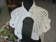 HANDMADE  CROCHETED CAPELET COWL WHITE ACRYLIC WOOL COLLAR SCARF VICTORIAN STYLE