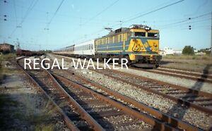 ORIGINAL 35MM RENFE SPAIN RAILWAY NEGATIVE LOCO - RENFE CLASS 269 269 320 C1990S