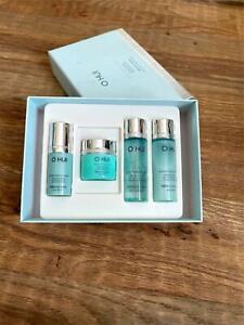 O Hui Miracle Aqua Beauty Eye Serum Special Set For Women Blue