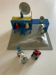 LEGO CLASSIC SPACE 493 SPACE COMMAND CENTER Crater plate 1979 99% Complete