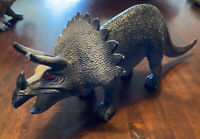 DINOSAUR TOY ACTION FIGURE GREY WITH HORNS PLASTIC RUBBER 26cm