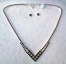 GARNET RED CRYSTAL SILVER FINISH NECKLACE AND PIERCED EARRING SET CZECH REP