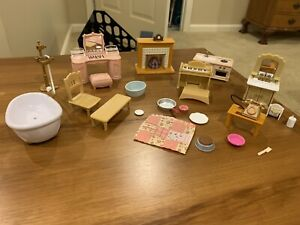 Lot Of Epoch Calico Critters Furniture & Accessories Piano Fireplace Vanity EUC