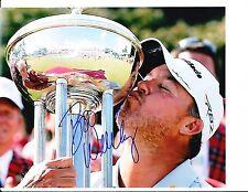 PGA STAR BOO WEEKLEY SIGNED KISSING TROPHY 8X10