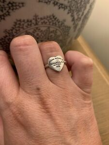 Tiffany & Co Heart Signet Ring / Retired Style