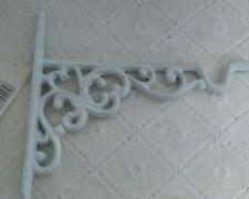 Mobili e pensili mensole bianche in metallo per la casa