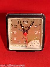 ANCIEN RÉVEIL VINTAGE VEDETTE NOIR ET OR / HORLOGE PENDULE OLD CLOCK