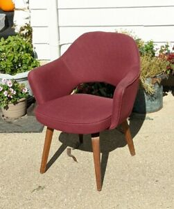 Original Eero Saarinen 71 MCM  Arm Chair for Knoll Mid Century Modern Executive
