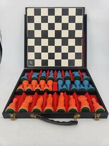 Vintage ES Lowe ANRI Chess Set 32 Pieces w/ Board Renaissance Medieval & Case