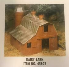 Bachmann Plasticville O Scale Dairy Barn #45602 New in Box