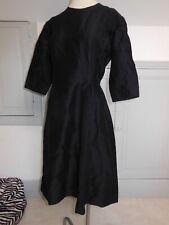 PUR VINTAGE  robe  noir année 50/60 robe de deuil? taille 42/44?  B17