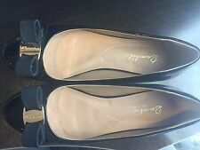 Ladies Black Bow tie flat shoes size 8 Free Shipping