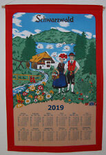 Stoffkalender Schwarzwaldtal mittel 2019 Textilkalender 69m mit Stab