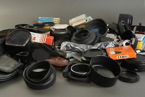 Huge lot of classic camera and lens accessoires. As found check pictures
