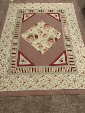 "Waverly Garden Room Country Quilt - Very lightly used 68""x86"" 100% Cotton"