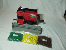 Toy mixer feeder wagon, 1/16th, really works, MADE IN USA, with feed bunk & feed