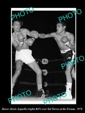 Old Postcard Size Photo Of Boxer Alexis Arguello v Sal Torr