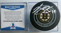 BECKETT COA BRIAN GIONTA SIGNED BOSTON BRUINS OFFICIAL GAME PUCK BETTMAN NHL