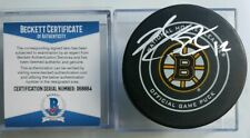 BECKETT COA BRIAN GIONTA SIGNED BOSTON BRUINS OFFICIAL GAME PUCK BETTMAN NHL