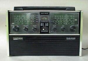 Vintage Wards Multi Band Transistor Radio Portable AM FM CB PB2/W Shortwave