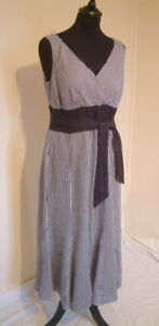 JAEGER Black / White Stripe Linen Dress with Belt Wrap Crossover at Bust Size 12