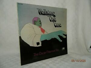 """LP VINYLE 33Tours OSCAR PETERSON TRIO """" walking the time """" MPS 15065 France 1971"""