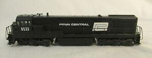 HO Scale Athearn GP-9 Diesel Locomotive - Penn Central 6533