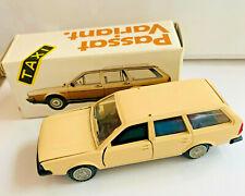 1:43 SCALE VW PASSAT GLS VARIANT DIECAST MODEL CAR by CONRAD GERMANY w/ BOX