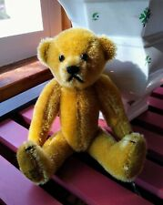 Artist Small fully-jointed Gold Mohair Bear 6.5�, Signed on foot Cin 1993