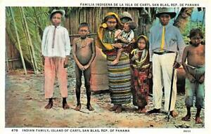 Early PANAMA Indian Family Island of Carti SAN BLAS   Postcard