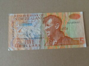 NEW ZEALAND  Banknote $5 Five Dollars Circulated  ND (1992-1997)
