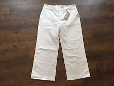 Women's OLD NAVY Super Capris White Pants, Size 8 Regular, NEW WITH TAGS