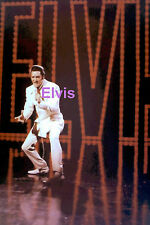 ELVIS PRESLEY IN WHITE SUIT WITH SIGNAGE TV SPECIAL 1968 PHOTO CANDID