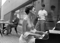 "Photographie,  ""Sonate pour piano"", 1997      /    13 x 18"