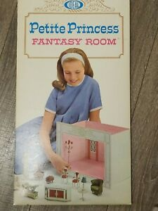 Vintage Petite Princess Fantasy Room Ideal Blue Unpunched 1964