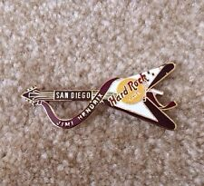 Hard Rock Cafe San Diego Orginal Dead Rocker Guitar Pin Jimi Hendrix Gold