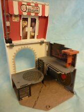 Teenage Mutant Ninja Turtles pop-up pizza playset Anchovy Alley 2012 In Box
