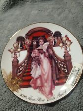Collectible 2000 Avon Rose Circle Award Commemorative Plate With Stand Nib