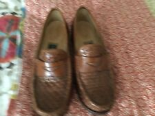 cole hahn womens size five 5 woven classic penny loafer brown great condition