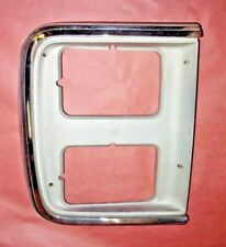 85-91 CHEVROLET GMC VAN RH PASSENGER SIDE HEADLIGHT BEZEL W/ DUAL HEADLIGHTS