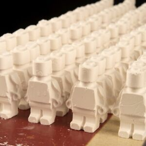 100 Mini Figure Plaster Exploding Dust Targets for Air-rifle, Airsoft & Rifle