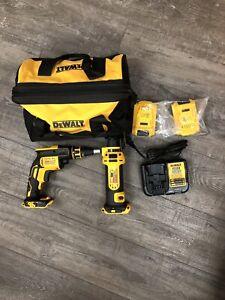 DeWalt Cordless screwgun And Drywall Cutout Tool Kit DCK263D2