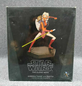 Star Wars Ahsoka Tano with Rotta Maquette by Gentle Giant Limited Edition